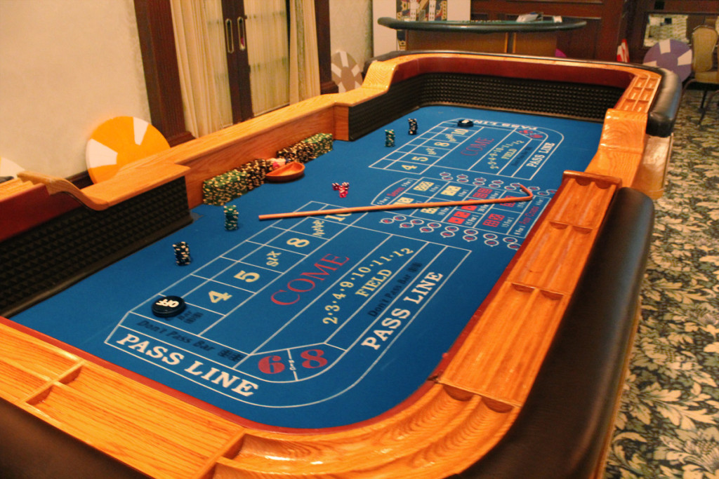 craps-table-rental